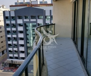 Massive 1 bedroom with 2 balconies in a great location with fantastic view in Bur Dubai